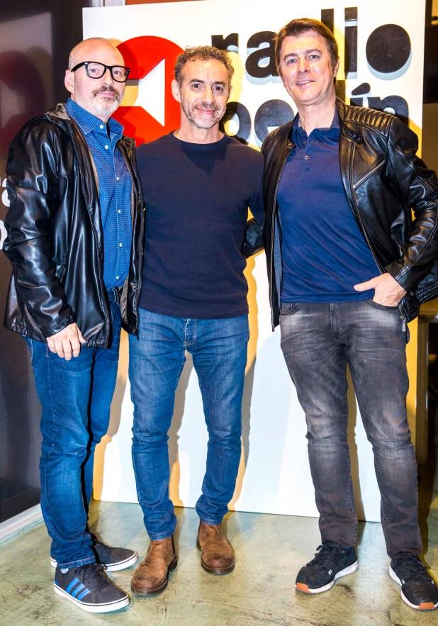 El periodista Luis Majul junto al guionista Mario Segade y el actor Gabriel Corrado, en la exclusiva degustación de vinos de alta gama de la bodega Navarro Correas, organizada por Radio Berlín en el espacio Margen del Mundo