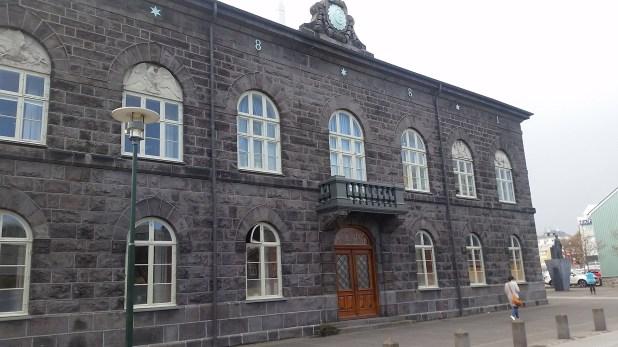 El edificio de Althing, donde funciona el Congreso Nacional