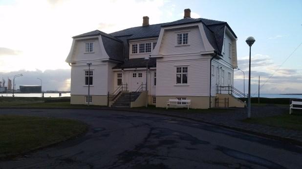 La histórica casa Höfðidonde se realizó la cumbre Reagan-Gorbachov en 1986