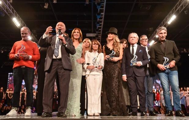 En el cierre del día 1 del Silkey Mundial Moda & Coiffure 2018, los diseñadores Adot, Arce, Cloti y Tito Samelnik, los Iara y Profumo. Mauricio Wachs destacó que a pesar de los vaivenes de la Argentina, la marca siempre apostó por el país. Y no se equivocaron.