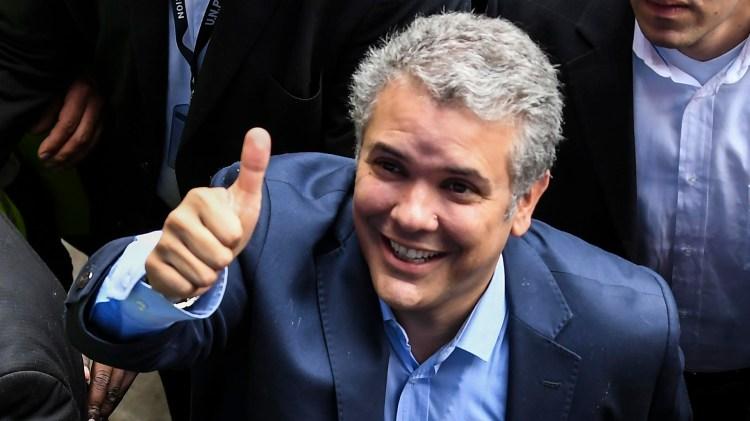 Petro se enfrentará en segunda vuelta con Iván Duque (AFP)