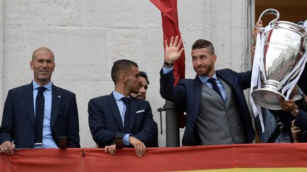 Zidane reveló que con el único jugador que habló fue con Sergio Ramos (AFP)