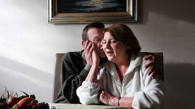 Toni Smit, que ahora cuida de Luc Ennekans,ha adoptado antes a otras cinco personas, junto con su marido Arthur Shouten