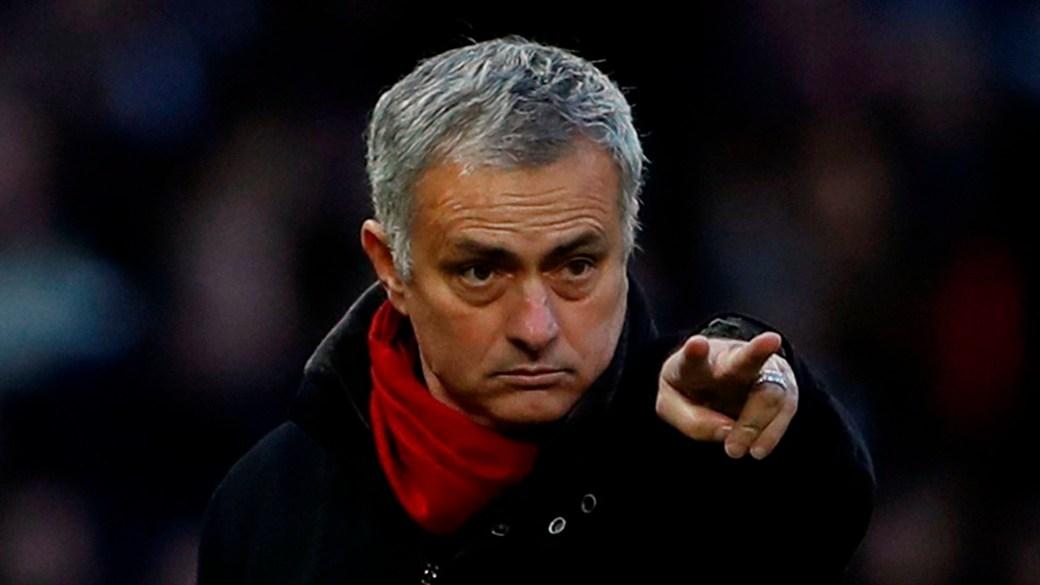 Mourinho le apuntó a la dirigencia