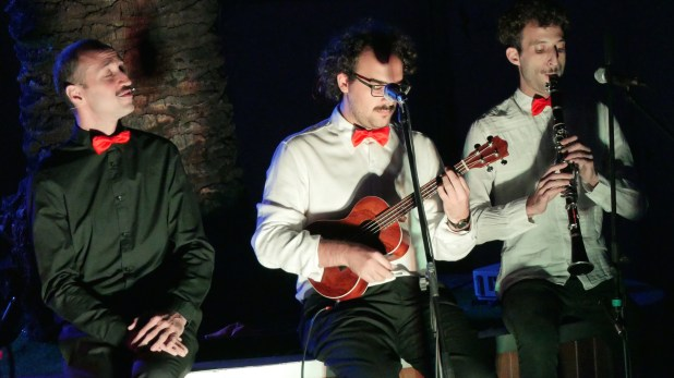 La banda TinderCats es la banda que toca en vivo durante la obra (Foto de Gabriel Liporace, cortesía de #Citatextual)