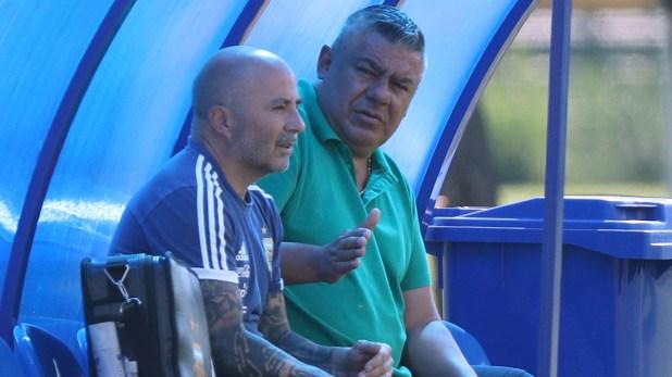 Sampaoli y Tapia (Reuters)