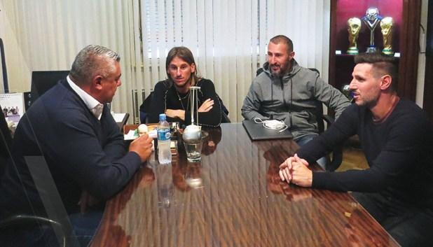 Beccacece rescindió su contrato con la AFA (Twitter: @Argentina)