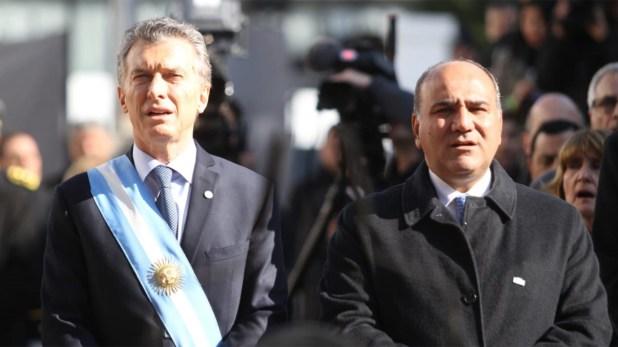 Mauricio Macri junto al gobernador de Tucumán, Juan Manzur