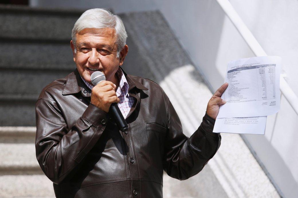 López Obrador ha ofrecido esbozos de sus cambios en sus conferencias de prensa diarias. (Reuters)