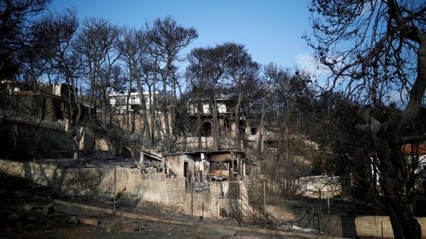 Una de las casas destruidas por el fuego (Reuters)