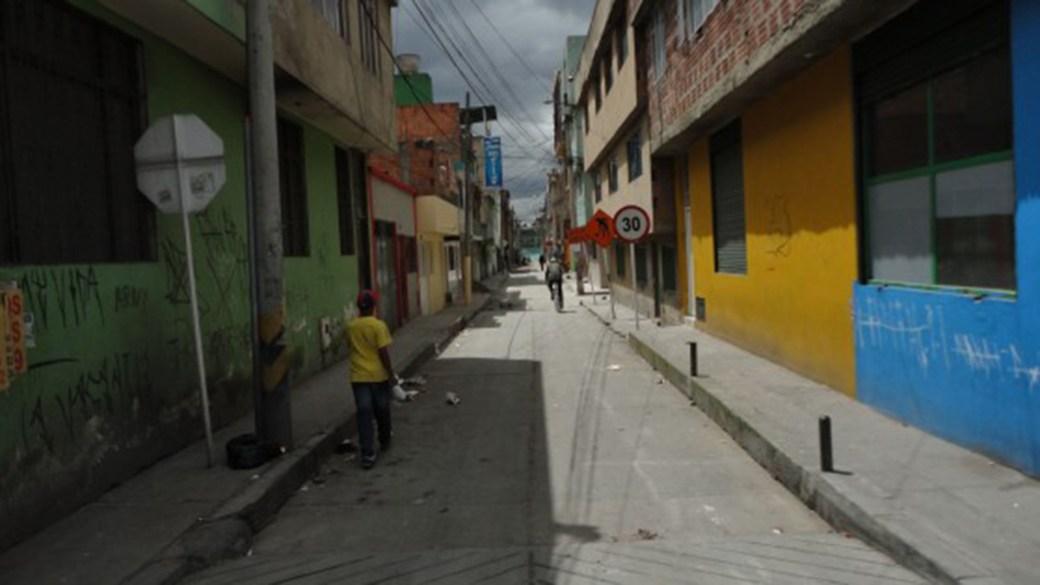 El barrio Patio Bonito, al sur de Bogotá, es una de las zonas de influencia en las que emisarios de Guacho están reclutando jóvenes afrodescendientes.