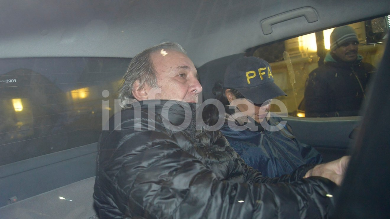 El Grupo Albanesi suspendió el miércoles, con la detención de su presidente, la colocación de deuda que tenía prevista con un bono de 25 millones de dólares en el mercado local
