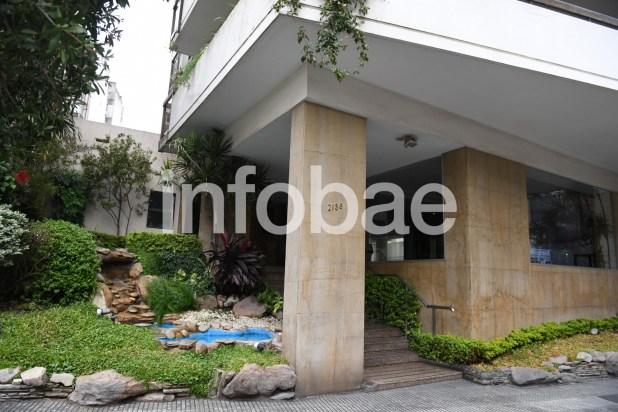 """9. El edificio de Andonaegui 2138 1º, otro de los lugares a donde eran llevados los bolsos con dinero de la """"recaudación"""" (CABA)"""