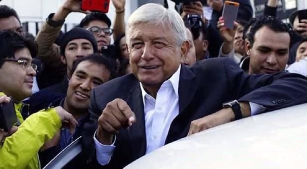 López Obrador ha dicho a Slim que si el aeropuerto es tan buen negocio, que lo pague con su dinero