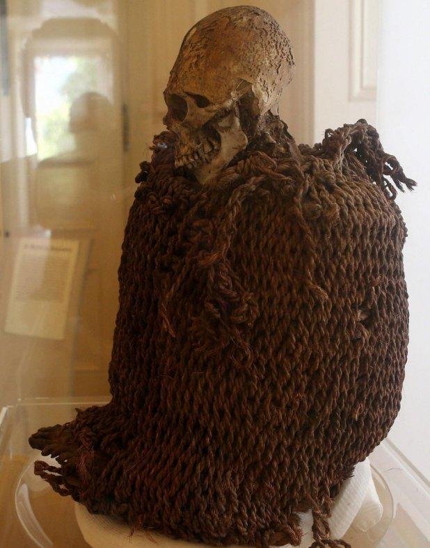 La momia aymara presente en el museo (EFE/archivo)