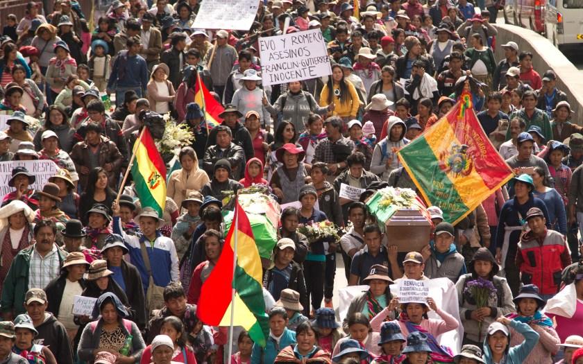 La protesta partió de La Asunta tras la muerte de dos manifestantes en un enfrentamiento con la Policía (AP)