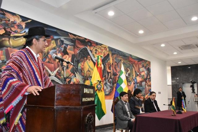 Evo Morales le tomó juramento a Diego Pary (EFE)