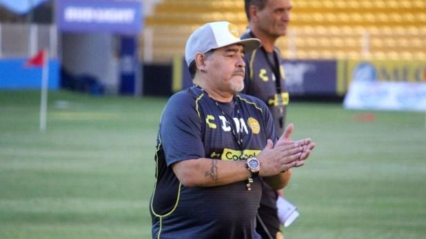Parte de la prensa mexicana, contra Diego Maradona (@Dorados)