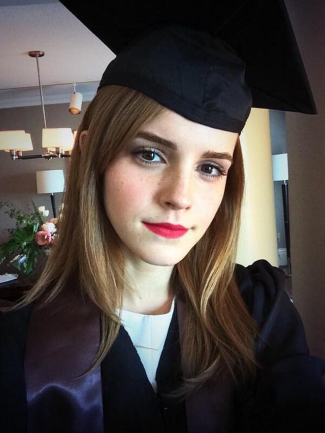 Emma Watson se graduóen la Universidad de Brown