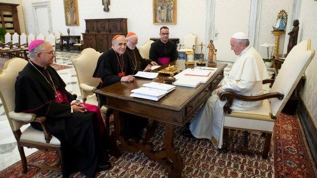 La reunión entre la iglesia estadounidense con el Pontífice fue motivada por la ola de denuncias de abusos sexuales (Reuters)