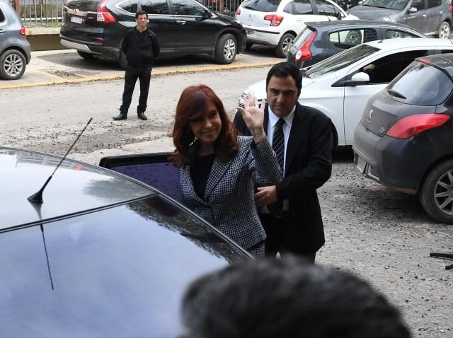 Cristina Kirchner en uno de sus pasos por Comodoro Py (foto Maximiliano Luna)