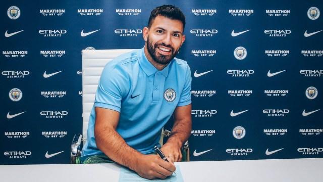 Agüero renovó su contrato con el City hasta el 2021