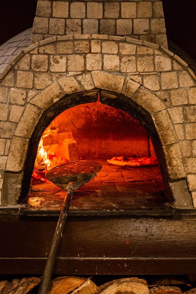 Horno de ladrillos, uno de los mejores hornos para hacer pizzas