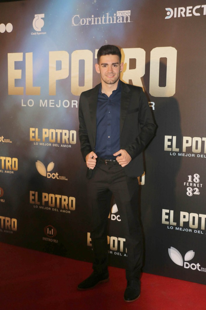 Ramiro Bueno, el hijo del Potro: tenía dos años cuando su padre se mató en un accidente automovilístico; él también viajaba en la camioneta, sentado en el regazo de su madre, Patricia Pacheco