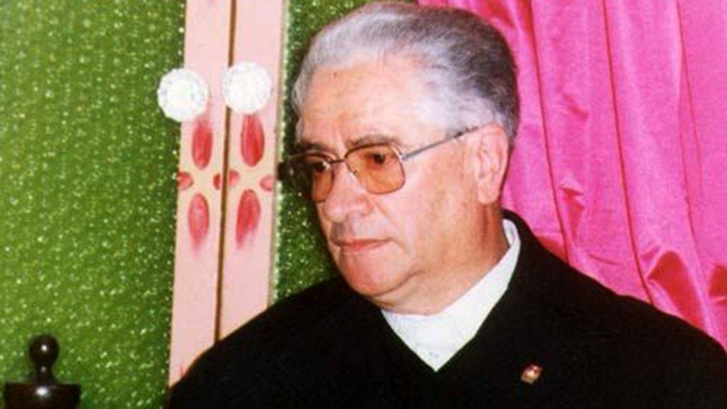 César Cordero fue expulsado de la Iglesia Católica ecuatoriana