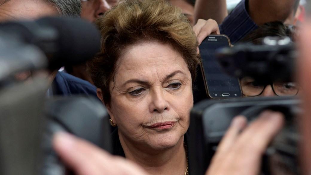 Dilma Rousseff comenzó a perder los votos que había alcanzado Lula, y finalmente fue destituida en un juicio político. Este año intentó, sin éxito, llegar al Senado (Reuters)