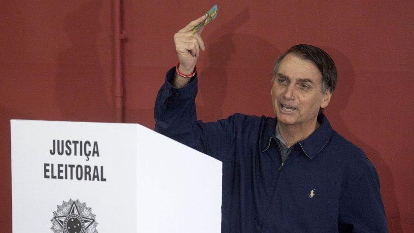 Jair Bolsonaro ganó por amplio margen en la primera vuelta de Brasil (AFP)