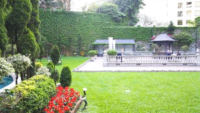 El Hotel Emperador esconde un jardín privado en medio de la ciudad