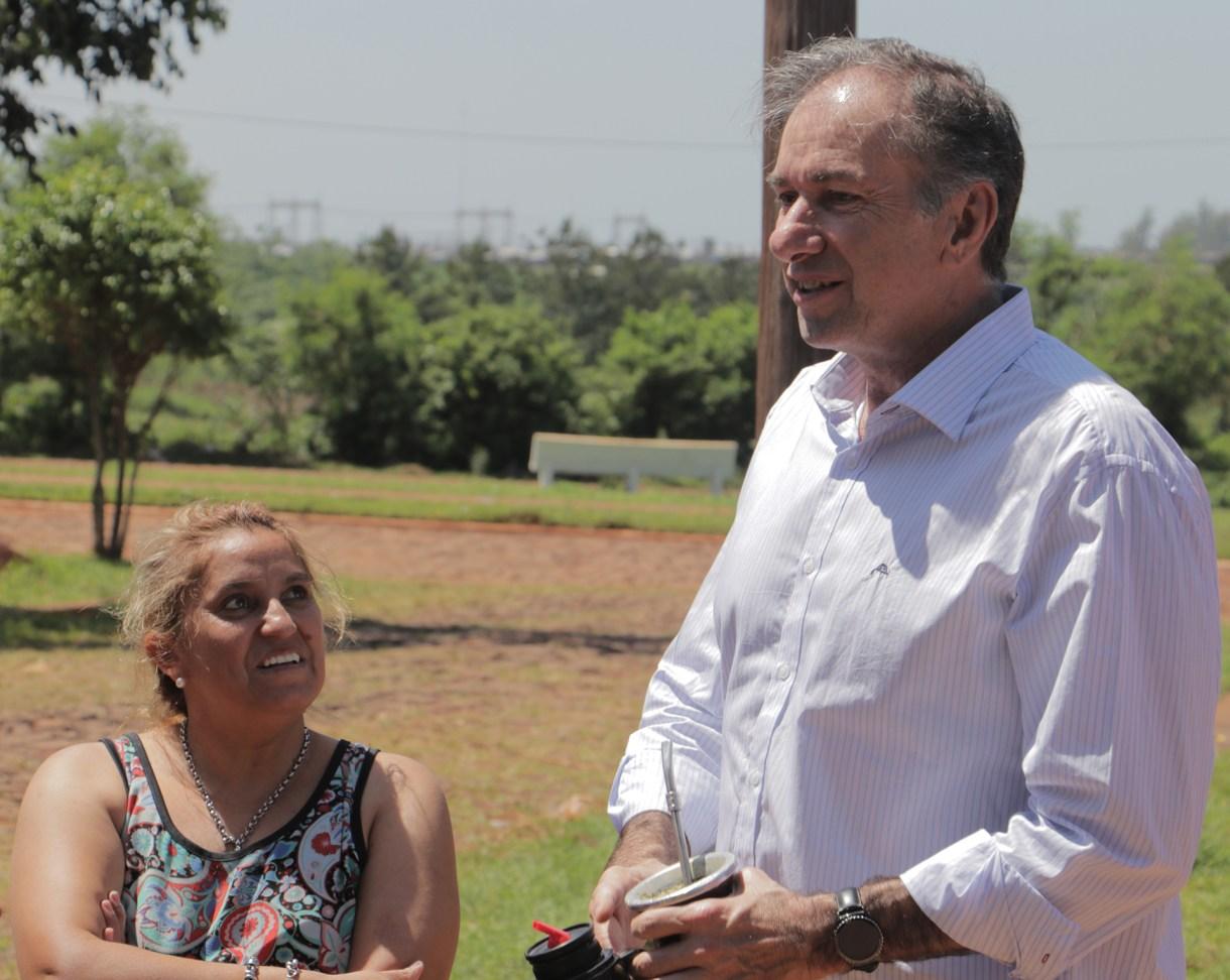 Humberto Schiavoni en el timbreo nacional de Cambiemo en Posadas, Misiones, en octubre pasado