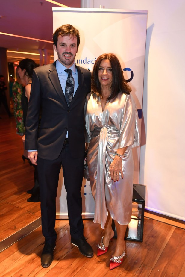 Rafael Escalante (Fundación Cimientos) y Carolina Barros (Corporación América)