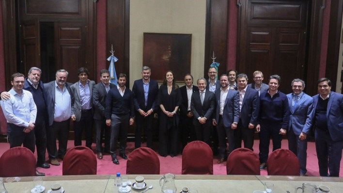 Marcos Peña y María Eugenial Vidal, hace un mes, durante el gabinete bonaerense (Prensa Gobernación bonaerense)