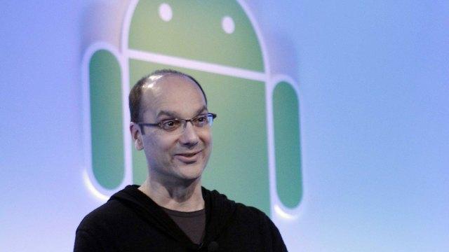"""Andy Rubin, el """"Padre de Android"""", fue acusado de obligar a una empelada de Google a practicarle sexo oral"""
