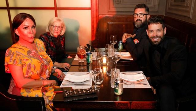 Ana Laura Nicoletti con Luciano Aubed y Mariano Caprarola, quien fue con su madre, Fady