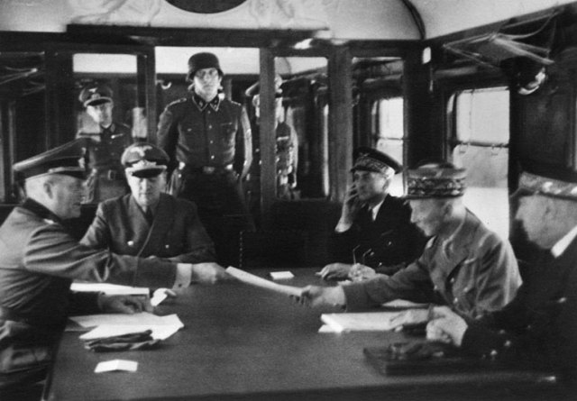 El armisticio que acabó con la guerra se firmó el 11 de noviembre de 1918 en Compiègne, al norte del París