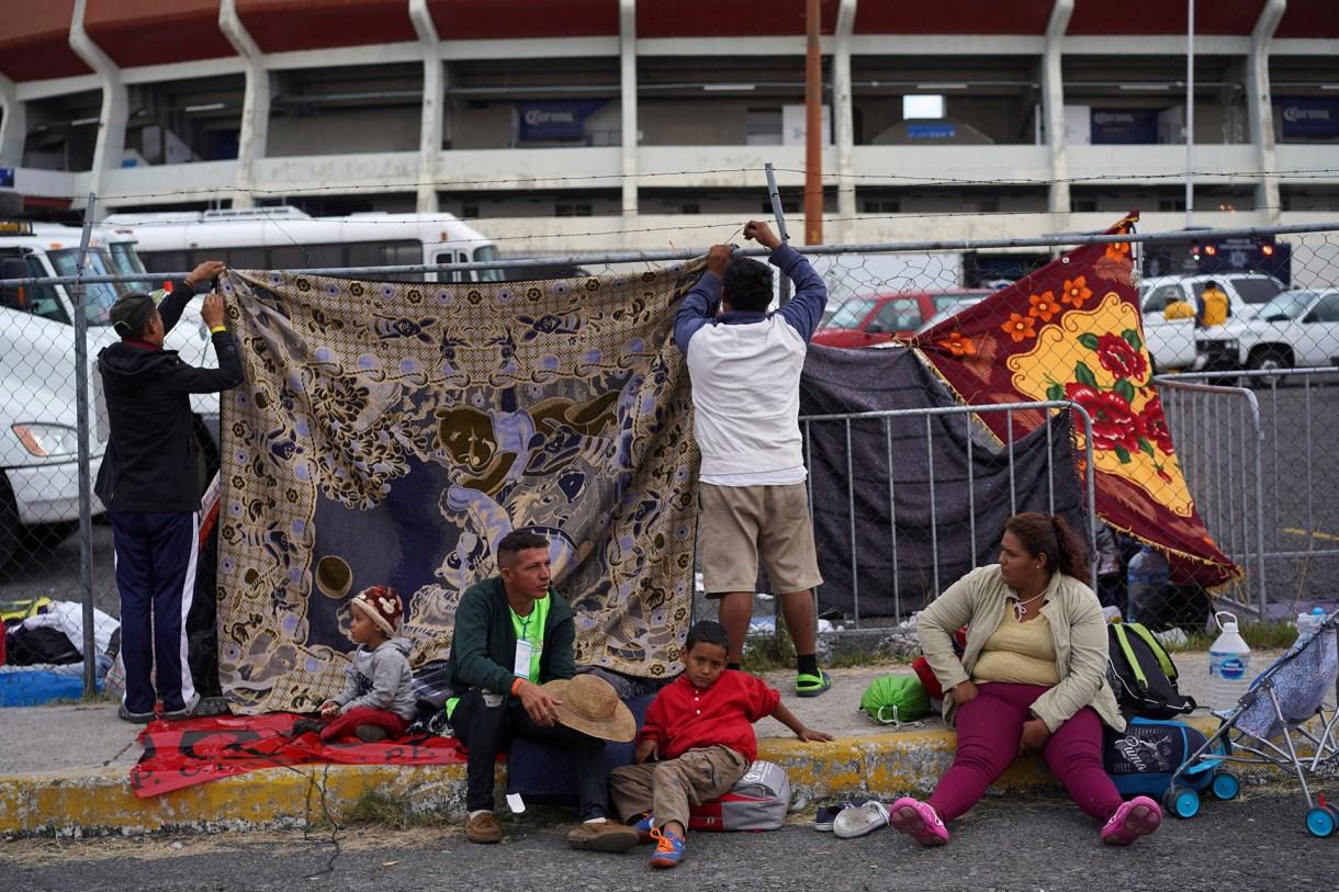 La primera caravana de migrantes centroamericanos llegó a México en octubre ( Foto: Reuters/Go Nakamura)