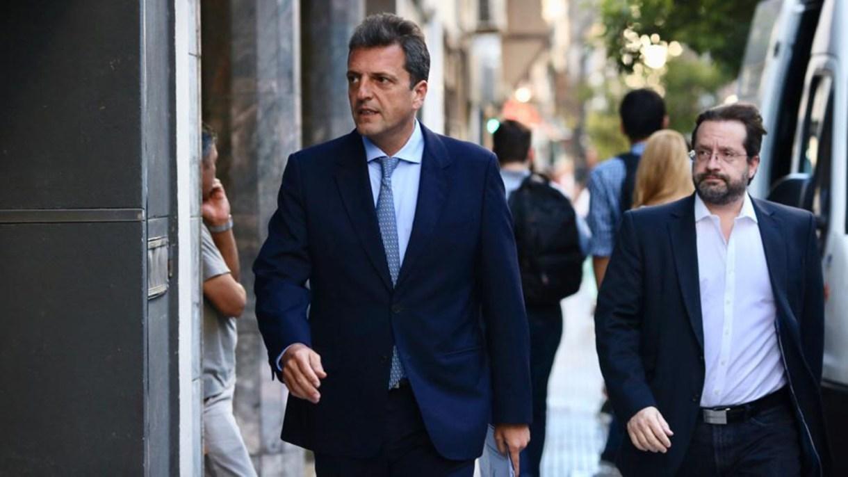 El líder del Frente Renovador, Sergio Massa, junto al diputado Marco Lavagna
