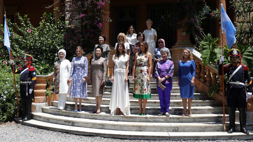 La foto oficial del encuentro de primeras damas en Villa Ocampo (REUTERS/Pilar Olivares)