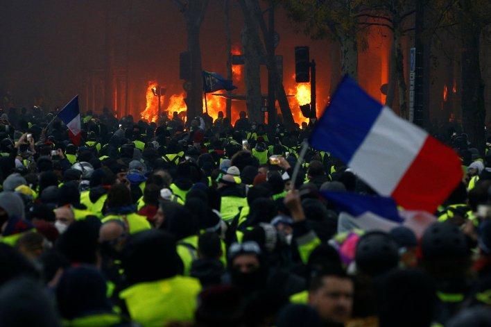 Un momento de las protestas en París (REUTERS/Stephane Mahe)