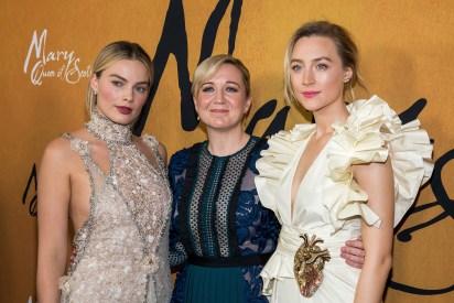 Margot Robbie, Josie Rourke y Saoirse Ronan