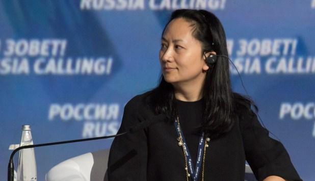 La detención en Canadá de Meng Wanzhou, directora de finanzas de Huawei, generó más tensión entre EEUU y China (REUTERS/Alexander Bibik)