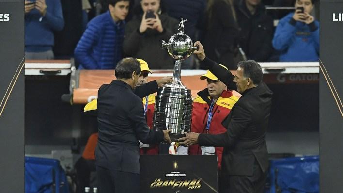 La Copa más preciada del continente, en otro contienente