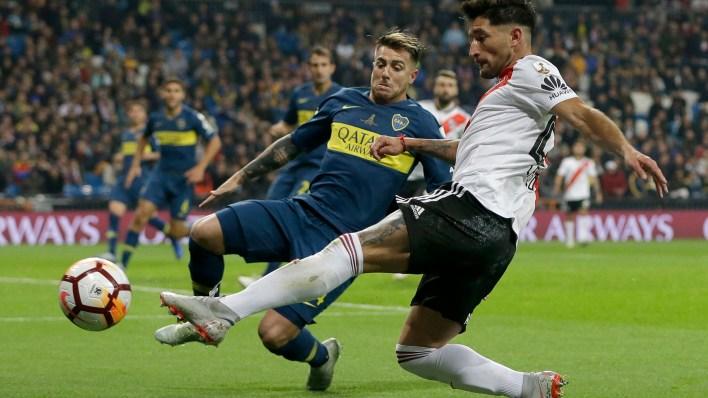 Buffarini pasó a ocupar la línea de volantes y Jara ingresó por Villa