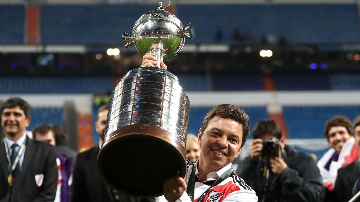Marcelo Gallardo, con la Copa Libertadores (Reuters)