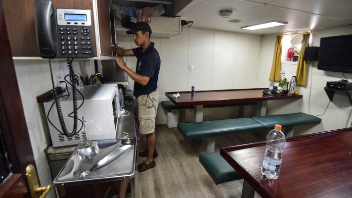El comedor para los jóvenes reclutas (Guillermo Llamos)