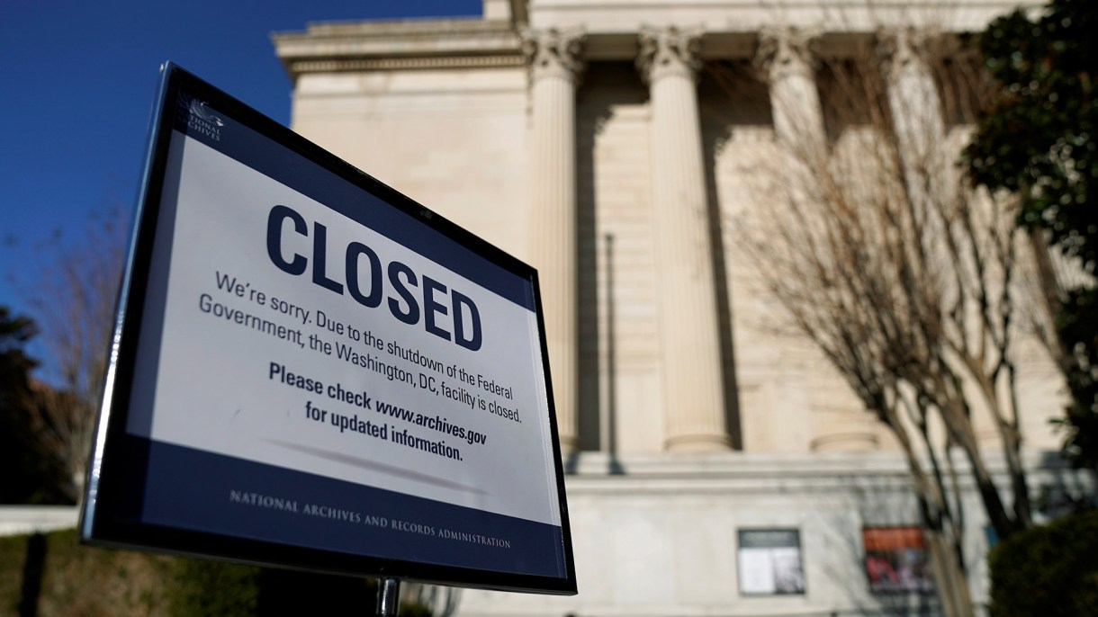 El cierre de gobierno está a punto de romper récords y cumplir un mes(Foto: Reuters)