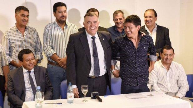 En el PJ de Tucumán el vicegobernador Jaldo afilió a la Pulga Rodríguez y a Acosta
